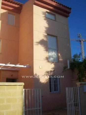 Venta de Adosado - Sevilla - Gines - 228.000 €